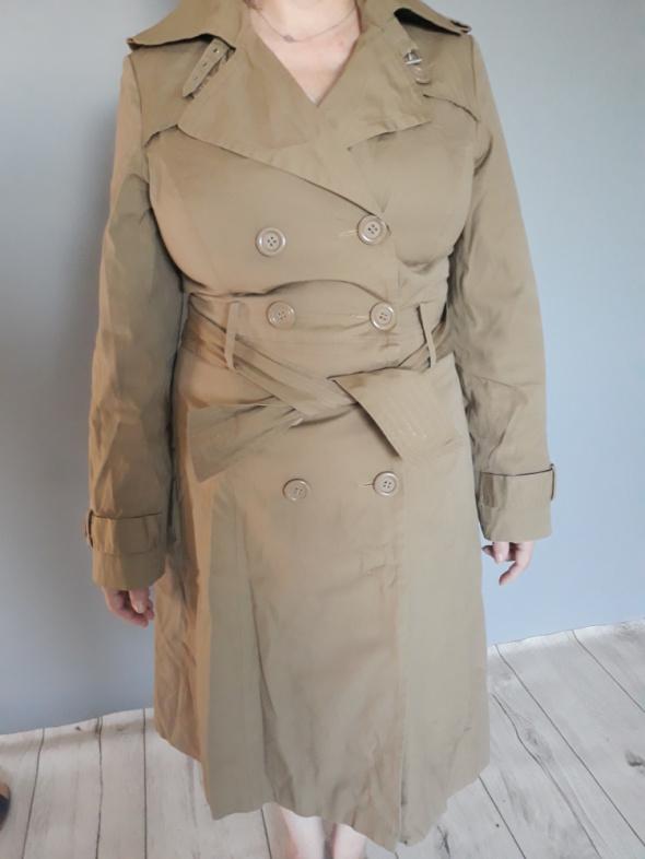 Płaszcz wiosenno jesienny Monnari