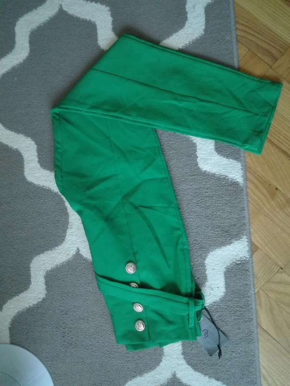 Zielone nowe spodnie
