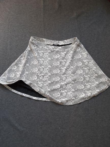 Spódnice spódnica w gruby tłoczony wzór