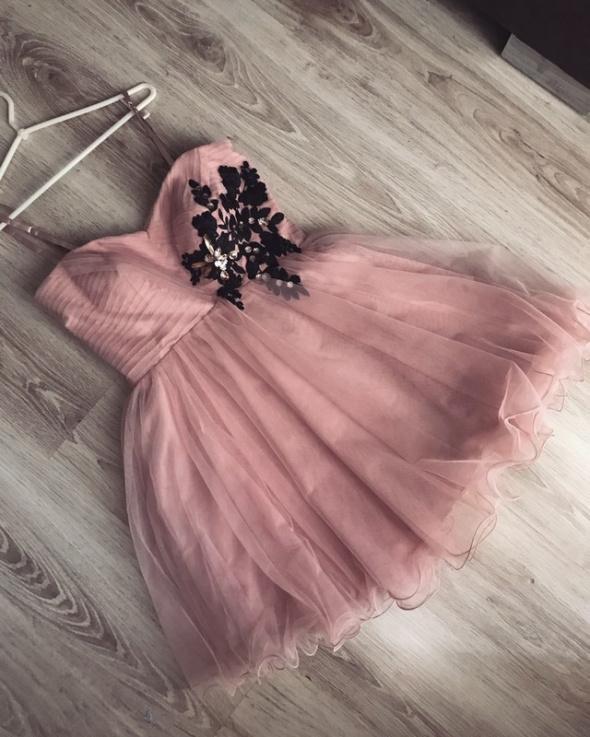 Nowa sukienka rozkloszowana tiul S M