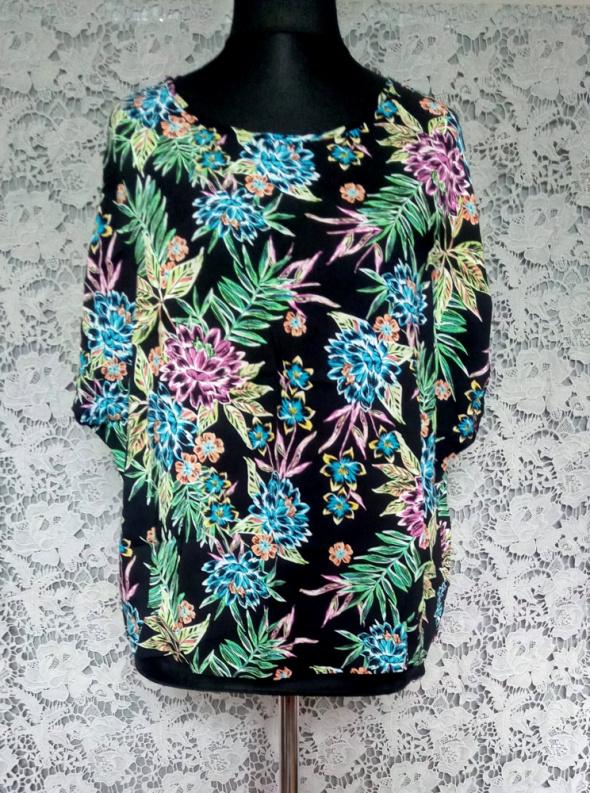 Czarna bluzka z krótkim rękawem w kolorowe kwiaty Primark 48...