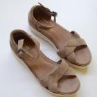 Sandały Koturna Toms Brązowe 375 NOWE 245 cm