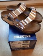 Nowe skórzane Birkenstock w kolorze złotym...