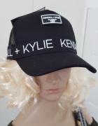 Czapka z daszkiem Kylie Kendal Jenner