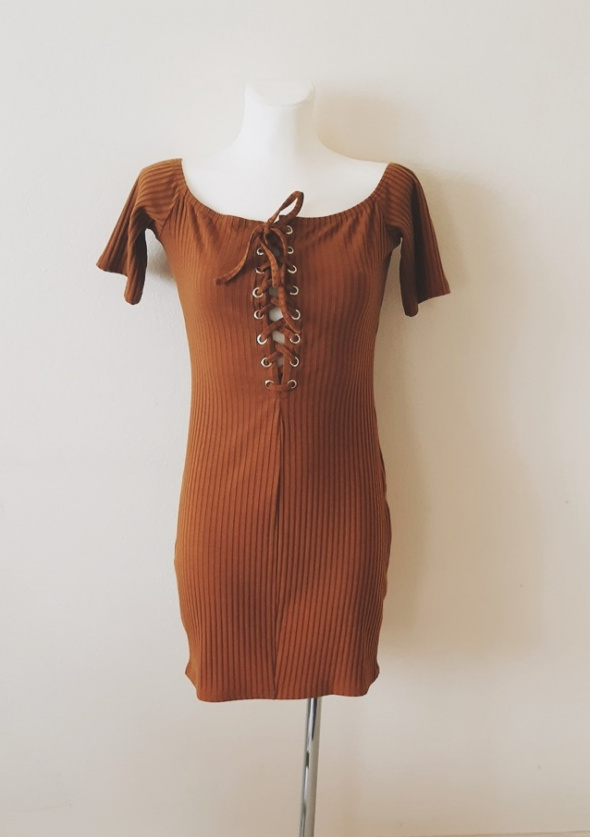Sukienka NOWA bez metki musztardowa obcisła mini krótka...