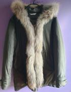Piękna kurtka z obszyciem jenota...