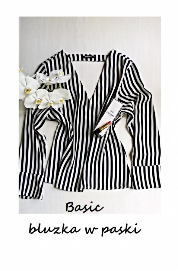 Elegancka bluzka w paski M L basic minimalizm must have