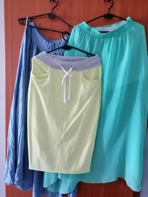 Spódnice trzy spódnice