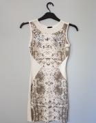 Biała sukienka tuba...