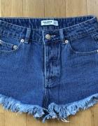 Nowe krótkie szorty jeansowe XS Pull & Bear...
