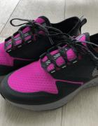 Nowe różowe buty do biegania NIKE Performance 36...