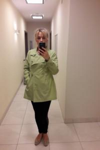 Lekki płaszczyk firmy CARRY zielony rozmiar L...