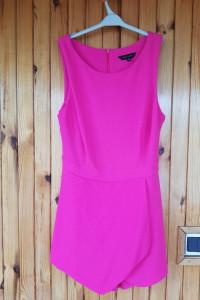 Różowy kostiumik New Look 10...