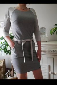 Sukienka bezowo szara kieszenie...