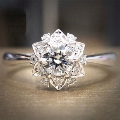 Pierścionki Nowy pierścionek srebrny kolor posrebrzany gwiazda kwiat duży cyrkonie