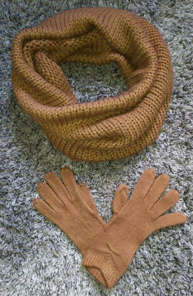 Szaliki i szale Szalik komin szal karmel karmelowy brąz Reserved rękawiczki komplet