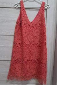 Sukienka malinowa...