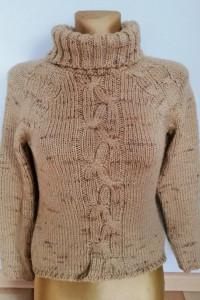 Beżowy sweter golf z warkoczem rozmiar S Kamos...