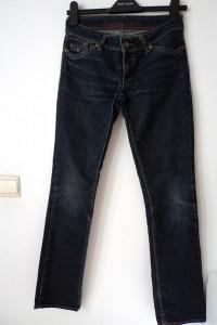 Tommy Hilfiger śliczne spodnie...