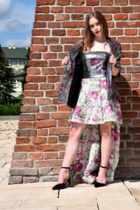 Długa sukienka z gorsetem w cekiny