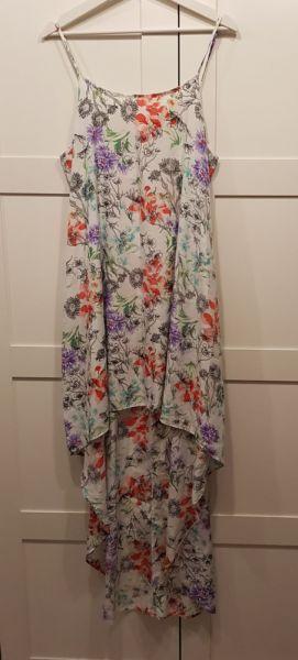 Suknie i sukienki Sukienka z trenem Papaya L