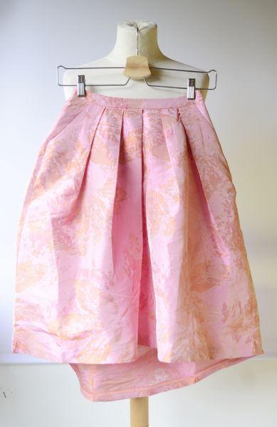 Spódnice Spódniczka Rozkloszowana 32 XXS Różowa NOWA Tłoczony Wzór