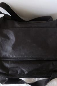 Duża torba sportowa podróżna czarna...