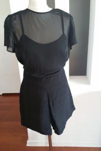 nowy uroczy krótki kombinezon spodenki imitujące spódniczkę Man...