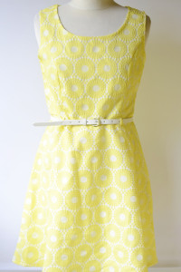 Sukienka NOWA L 40 Ażurowa Żółta Elegancka Rozkloszowana