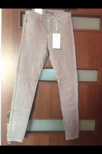 Szare spodnie MSara...