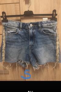 Jeansowe spodenki z lampasem