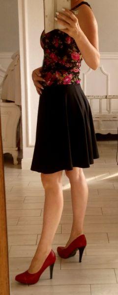Spódnice Czarna spódnica rozkloszowana b young