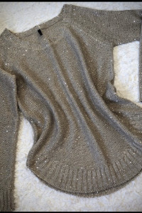 Beżowy sweter cekiny M L...