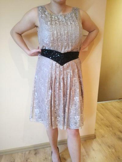 Suknie i sukienki koronkowa