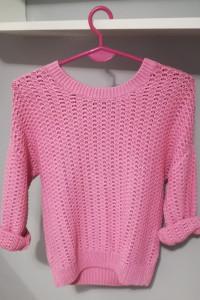 Sweter różowy S...