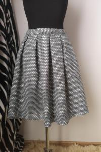 Elegancka sukienka z zaszewkami MOHITO rozmiar 36...