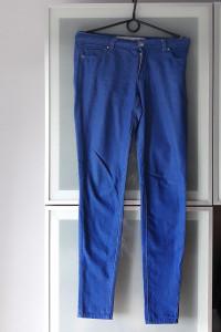 Spodnie rurki Denim rozmiar 36...