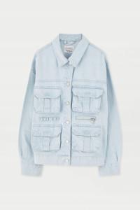 Przedłużana jeansowa kurtka z kieszeniami Pull & Bear