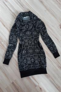Sukienka dzianina sweterkowa...