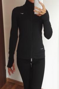 Czarna cienka bluzka NIKE Dri Fit 34...