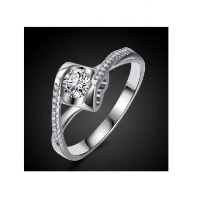 Pierścionki Nowy pierścionek srebrny kolor biała cyrkonia serce serduszko
