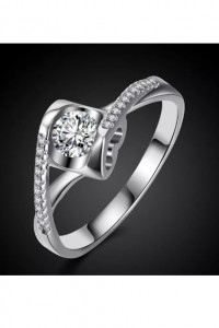 Nowy pierścionek srebrny kolor biała cyrkonia serce serduszko...