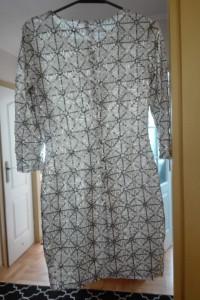 Cekinowa sukienka TFNC London