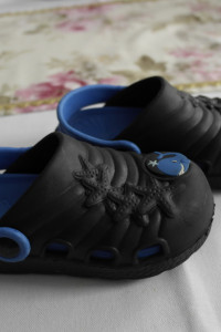 Buty crossy czarne z delfinkiem 25...