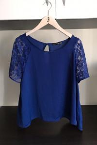 kobaltowa luźna koszula...