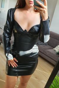 Pretty Little Thing sukienka czarna skórzana 38...