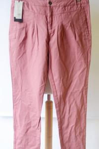 Spodnie Nowe Only W36 XL 42 Malinowe Chinosy...