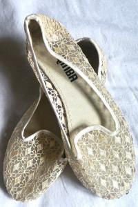Kremowe baleriny z koronką 40 i 26 cm
