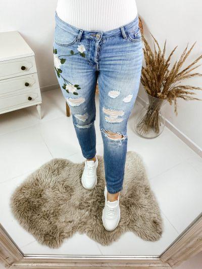 Spodnie Jeansy z haftem rozmiar S