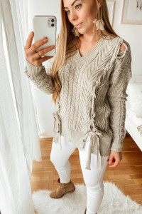 Sweterek w warkocze rozmiar L...